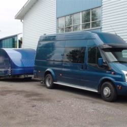 Ford ja perävaunu (C1 ja C1E) (perävaunun kanssa)